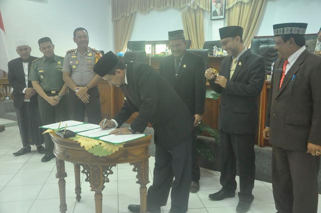 Akhir Tahun 2016, Aceh Jaya Sah Tiga Qanun