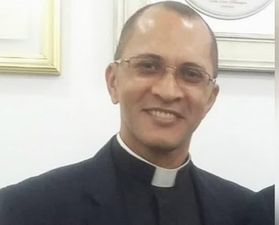 padre Marco Aurélio Costa da Silva , de Tocantins