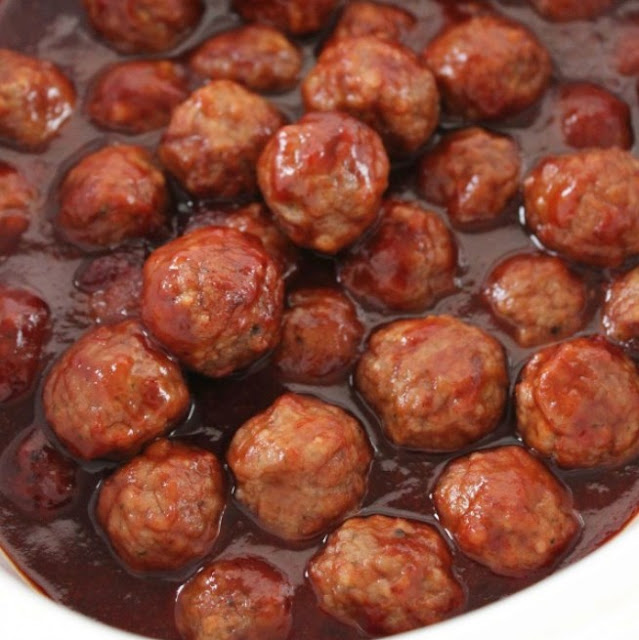 Slow Cooker Party Meatballs #dinner #appetizer