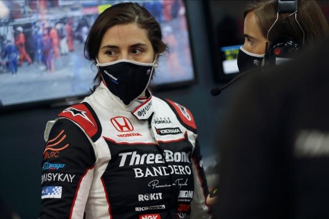 Tatiana Calderón sufre su primer retiro en la Super Fórmula Japonesa