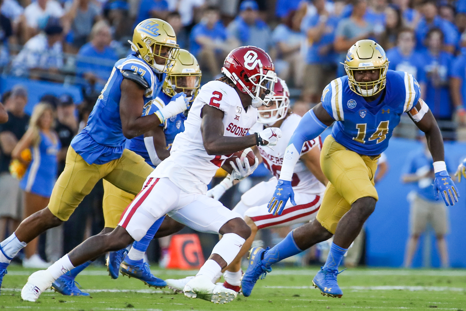 Oklahoma Sooners wide receiver CeeDee Lamb (2); Oklahoma defeated UCLA 48-14, Sept 14, 2019, Pasadena, CA.