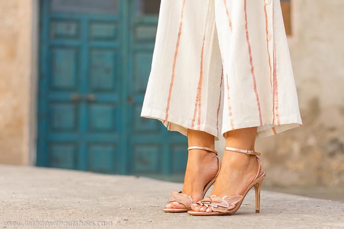Influencer blogger adicta a los zapatos