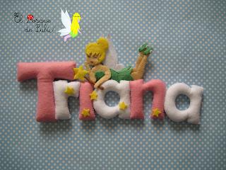 nombre-de-fieltro-decoración-infantil-name-banner-elbosquedelulu-hechoamanoparati-regalo-nacimiento-Triana-Campanilla