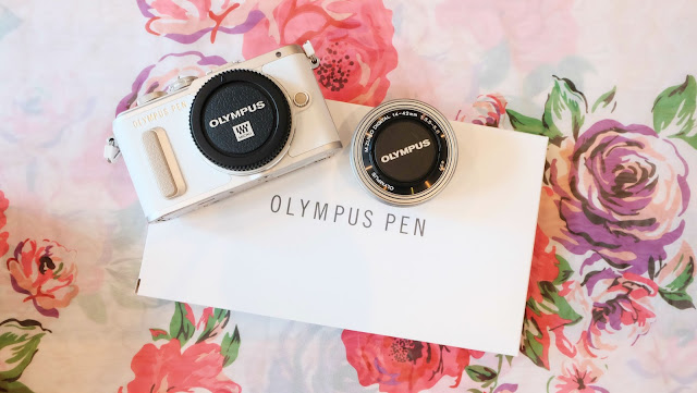 Blogger Camera 2016 Olympus E-PL8 Unboxing