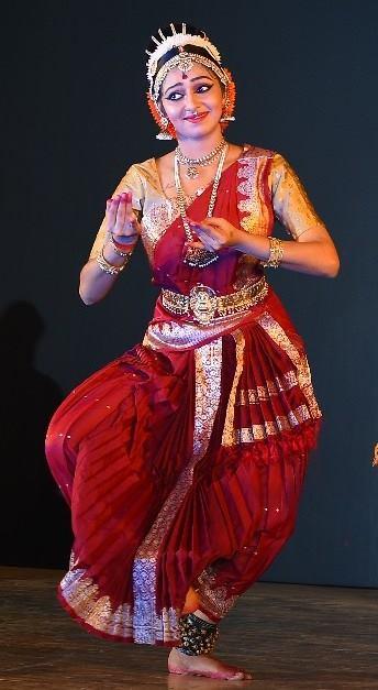 Lakshmi Menon age, family, biography, phone number, date of birth, height, salary, photos, model, hot images, actress biodata, upcoming movies, hd photos, video, tamil actress, tamil actor stills, first movie, saree, latest actress age, vishal, facebook