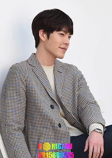"""Hyun Bin Hyun Bin là ngôi sao sáng của màn ảnh Hàn, từng đóng 11 phim điện ảnh, trong đó nhiều dự án ăn khách như """"Mối tình đầu của triệu phú"""", """"Thu muộn"""" (đóng cùng Thang Duy), """"Nhiệm vụ tối mật"""", """"Cuộc đàm phán sinh tử"""" (đóng cùng Son Ye Jin), """"Dạ quỷ""""... Ngoài ra, anh được yêu thích trong nhiều phim truyền hình như: """"Tôi là Kim Sam Soon"""", """"Nữ hoàng tuyết"""", """"Thế giới họ đang sống"""" (đóng cùng Song Hye Kyo), """"Khu vườn bí mật"""" (đóng cùng Ha Ji Won), """"Hạ cánh nơi anh"""" (đóng cùng Son Ye Jin)..."""