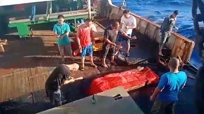 Tiga ABK WNI Bekerja di Kapal China Diturunkan Sudah Jadi Mayat