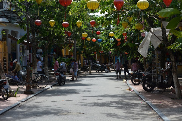 Cycling tour around Hoi An old town