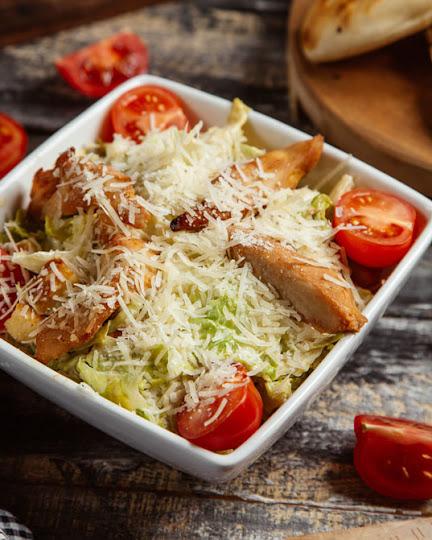Cezar salata - Mikanova kuhinja