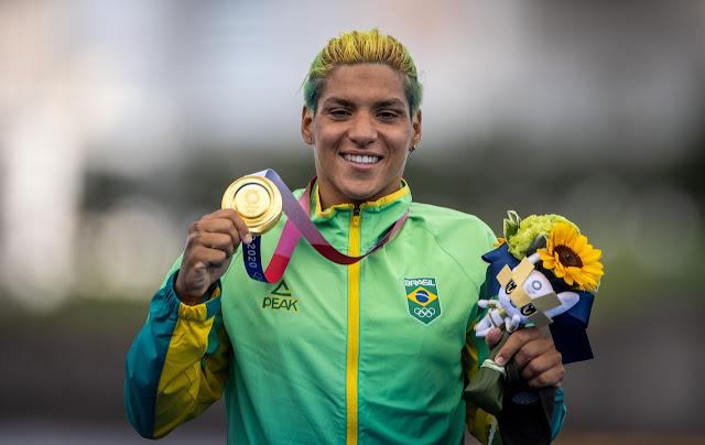 Ana Marcela Cunha maratona aquática