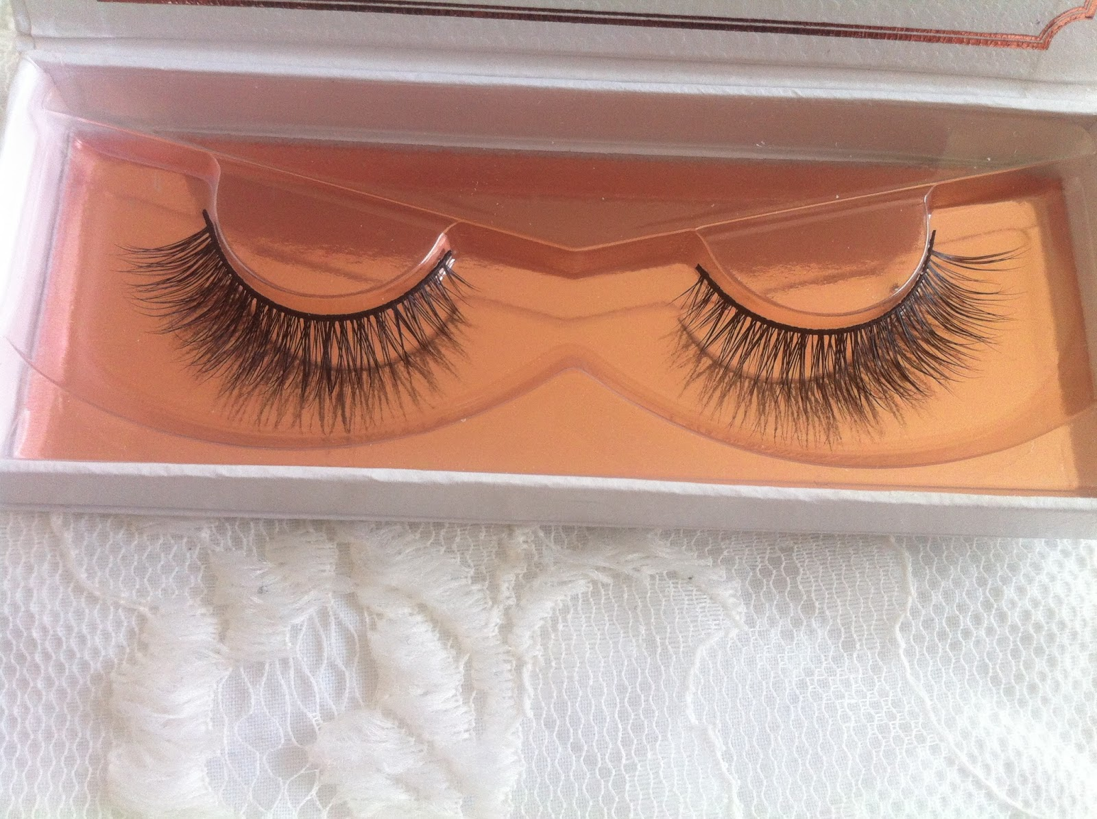 1f3befad2a5 I was kindly sent the ESQIDO Unforgettable False Eyelashes. The ESQIDO  Unforgettable False Eyelashes provide light volume which I think is perfect  for ...