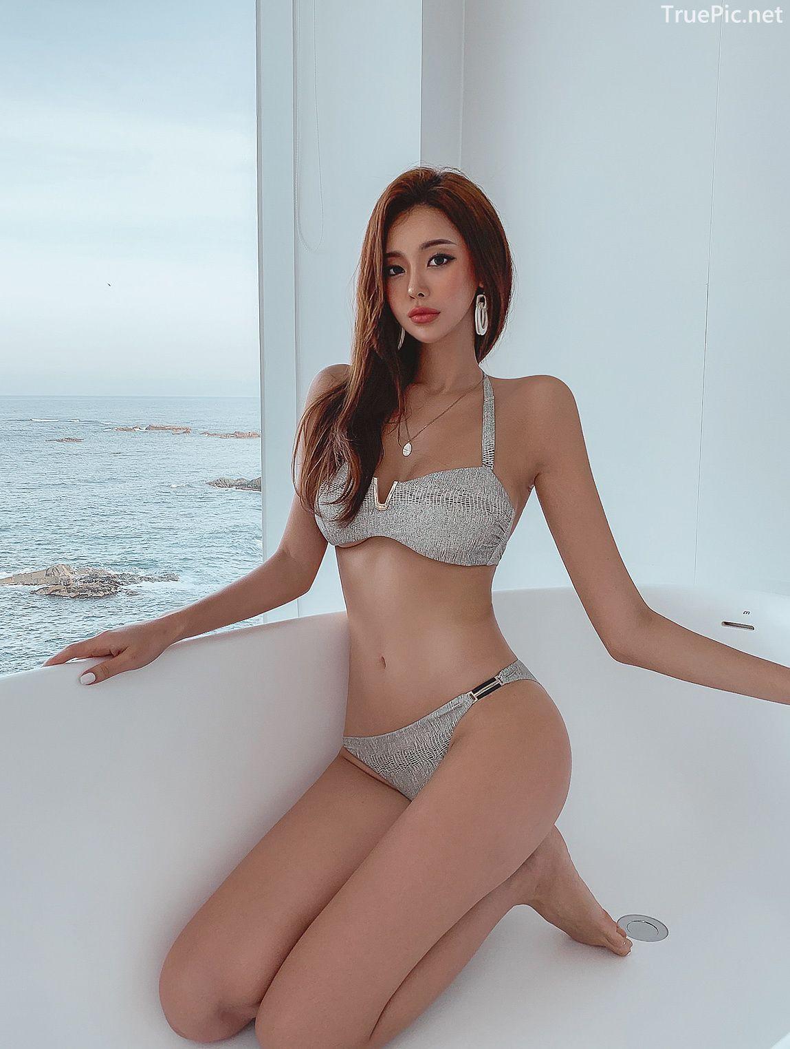 Korean lingerie queen - Park Da Hyun - Chloe python Bikini - Picture 8