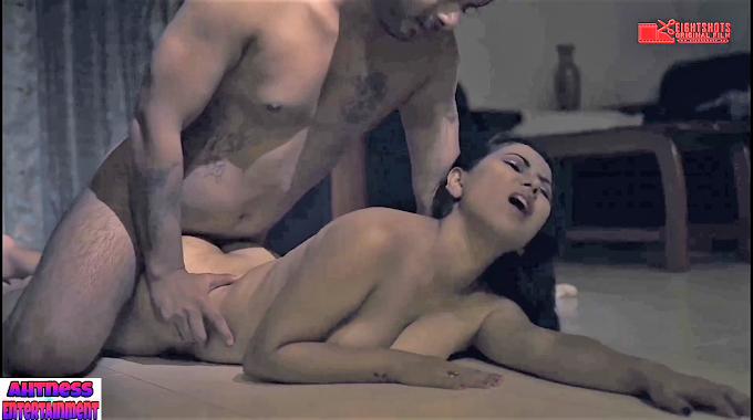 Tina Nandy nude scene - Kamini s01ep02 (2020) HD 720p