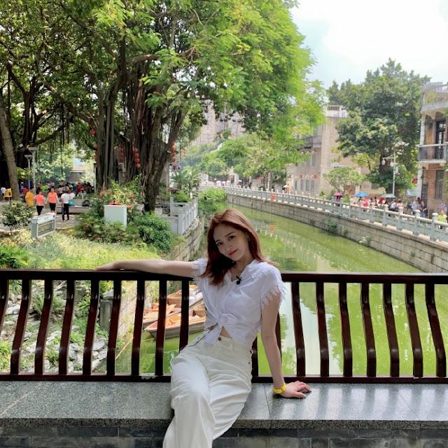 Zhou Jieqiong Chungha