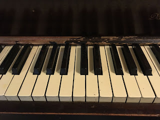When is Best not Better, Image of Old Piano Keys
