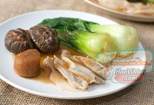 món ăn đẳng cấp bào ngư Úc sốt dầu hào cải xanh