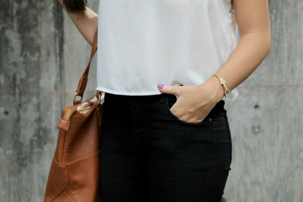 basic black and white outfit