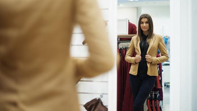 Πως θα δοκιμάζουμε ρούχα στα καταστήματα ένδυσης;