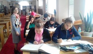 studenţii grupei RE21Z, Facultatea de Litere USARB si cadru didactic Popa Viorica, conf. univ., dr.