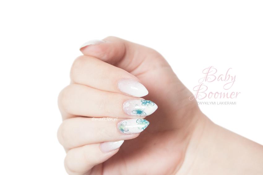 Baby Boomer wykonany zwykłymi lakierami do paznokci
