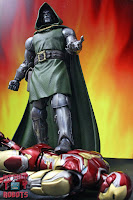 Marvel Legends Doctor Doom 46