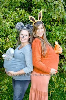 maternity costume. Kangaroo pregnant Halloween costumes ideas