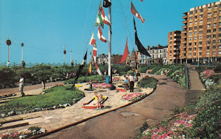 Blackpool Crazy Golf course, North Shore. PT18819 by Photo Precision Limited. Unused
