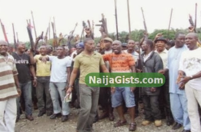 cultists attack enugu government house