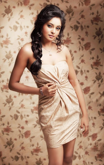 Arundhathi hot sexy strip-less dress