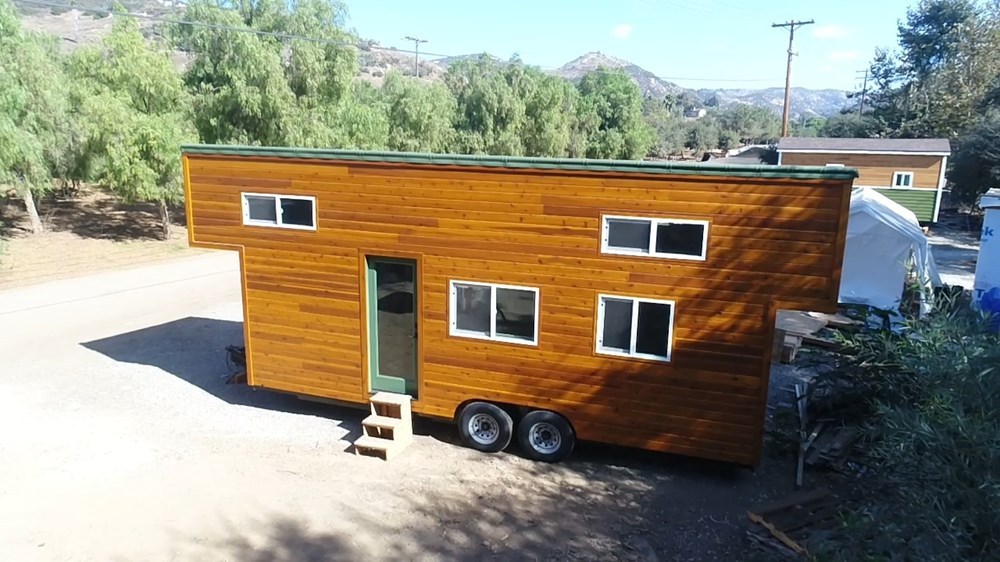 Tiny Home Designs: TINY HOUSE TOWN: Modern Caravan Tiny House
