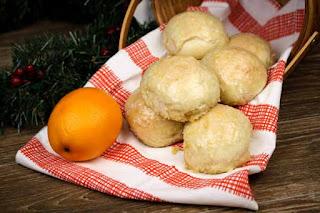 orange-dinner-rolls