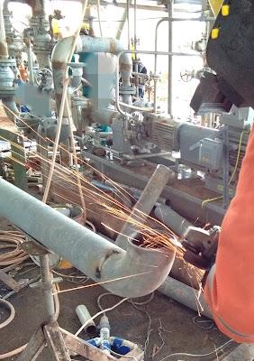 Sambungan pipa dan alat kerja