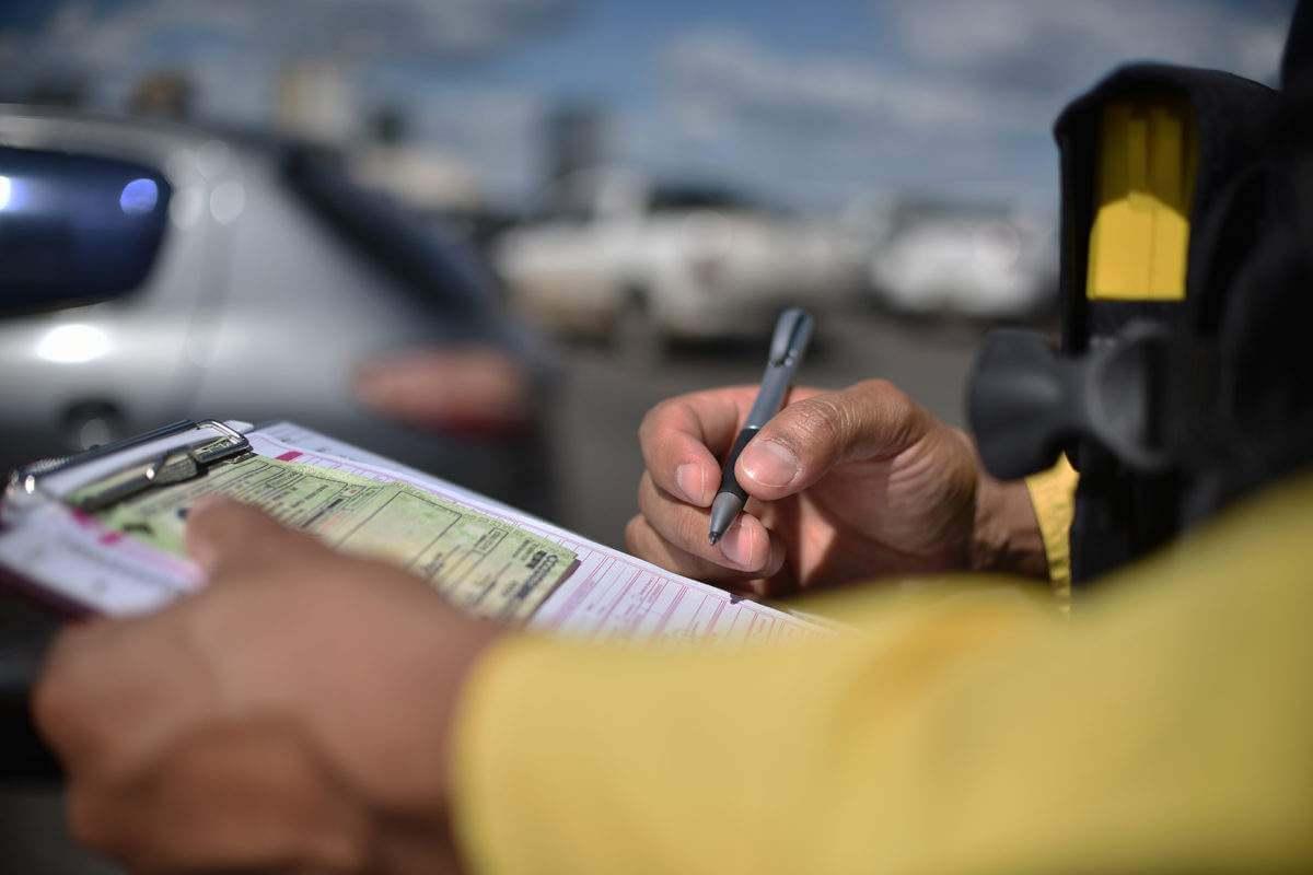 Projeto de lei propõe que carteira de motorista vencida seja aceita na pandemia