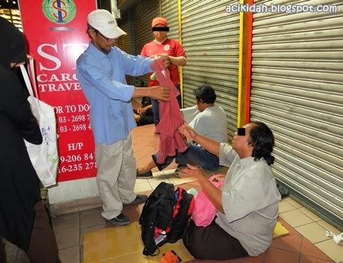 Ziarah Gelandangan Bersama Persatuan Sahabat Jiwa Murni.
