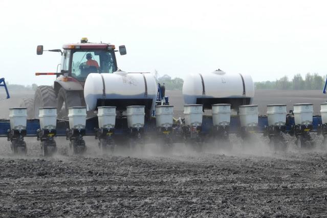 starter fertilizer minnesota risks benefits