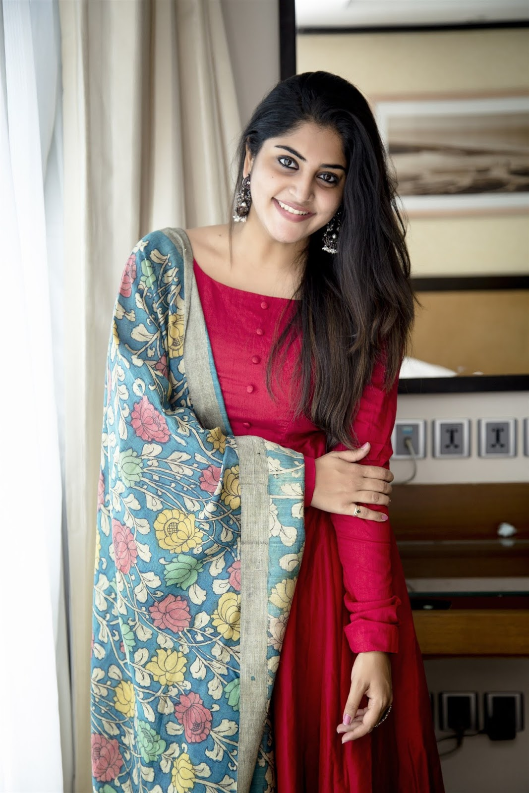 Manjima Mohan Photos, manjima mohan, manjima mohan age, images