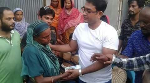 নগরকান্দায় গৃহহীন প্রতিবন্ধীকে গৃহ নির্মানে তালুকদার নাজমুলের সহায়তা প্রদান