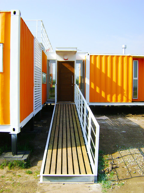 Earthquake-Resistant Modular Shipping Container Home 11