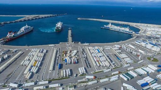 ميناء طنجة المتوسط يرتقي للرتبة 35 ضمن 500 ميناء في العالم يعد الأول إفريقيا ويتقدم على قناة بنما وموانئ سياتل وفانكوفر وكولون