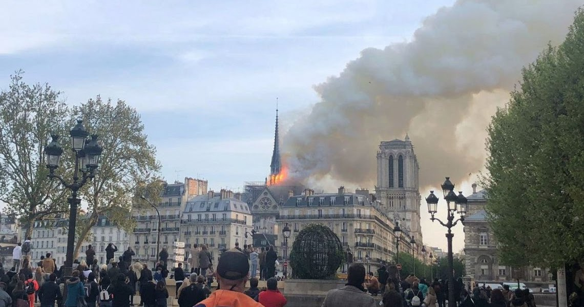 Impresionante incendio en la catedral de Notre Dame