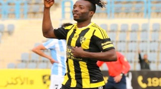 توقيع عقد اللاعب النيجيري ستانلي مع إدارة نادي الزمالك وانضمامه رسميا مقابل سداد مبلغ مليون و500 ألف دولار