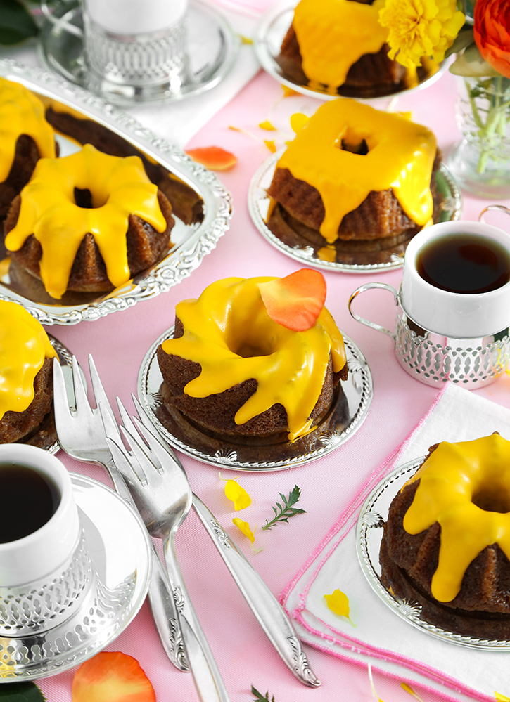 Butternut Amaretto Mini Bundt Cakes