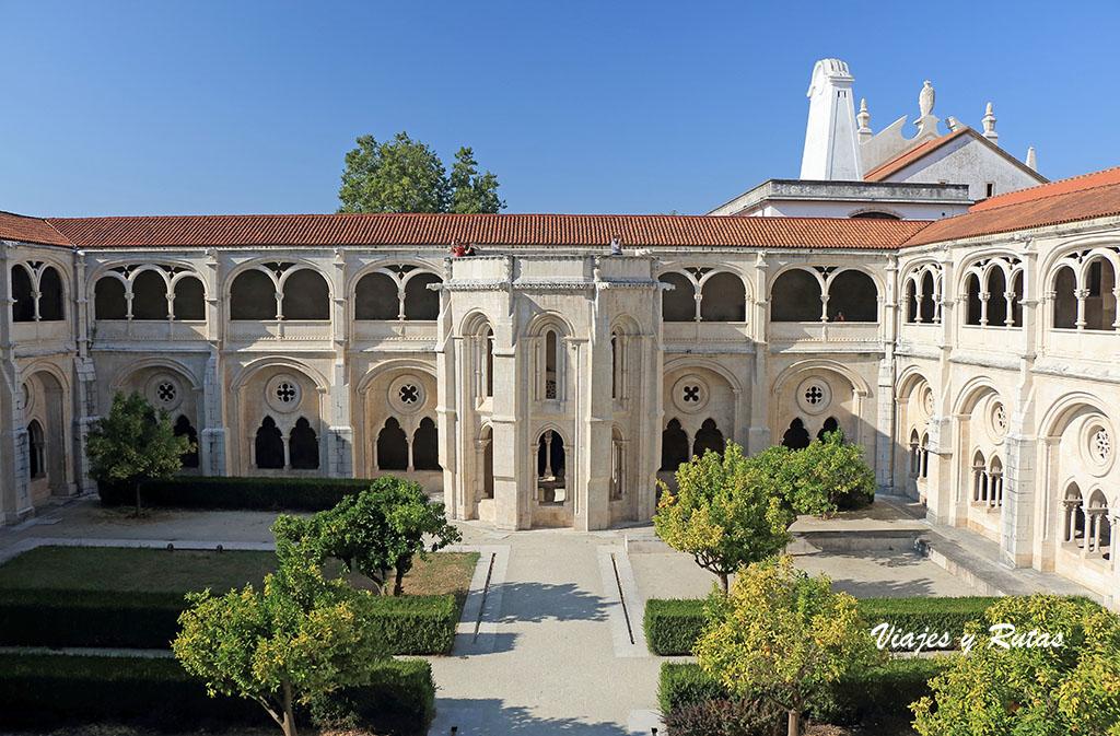 Lavabo del claustro del Monasterio de Alcobaça