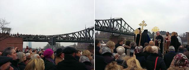 slujba de sfintire a apelor Mainului si podul eiserner steg Frankfurt