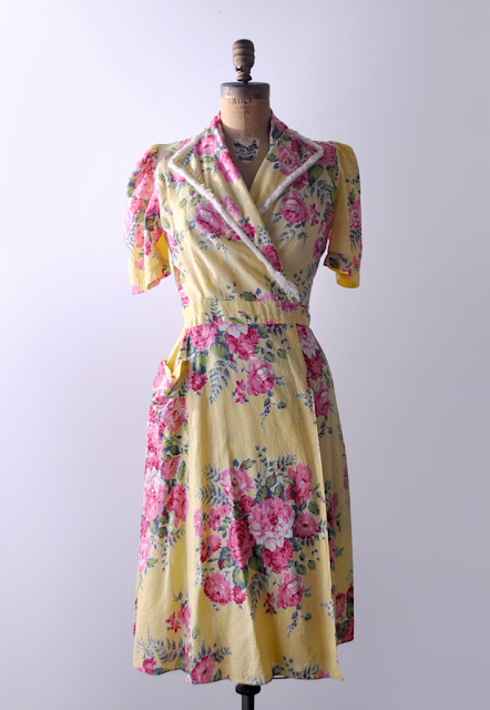 1940's floral robe dress