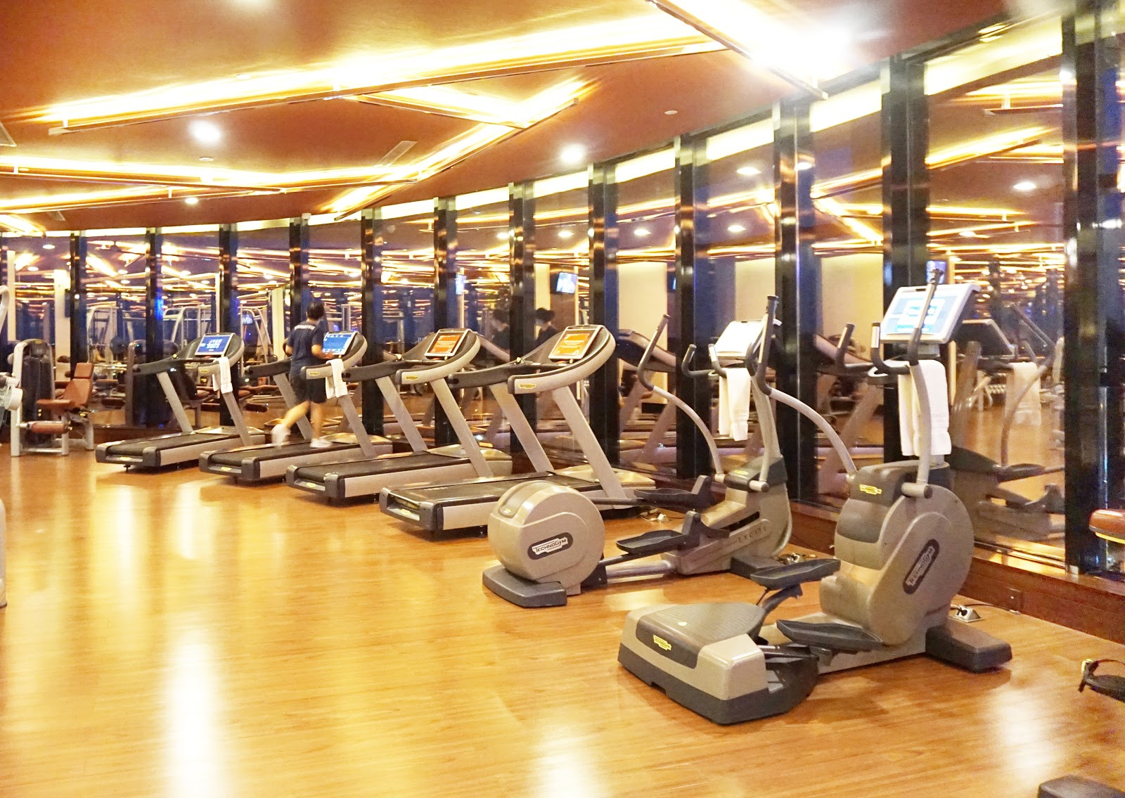 Fitness centre The Trans Luxury Hotel Bandung