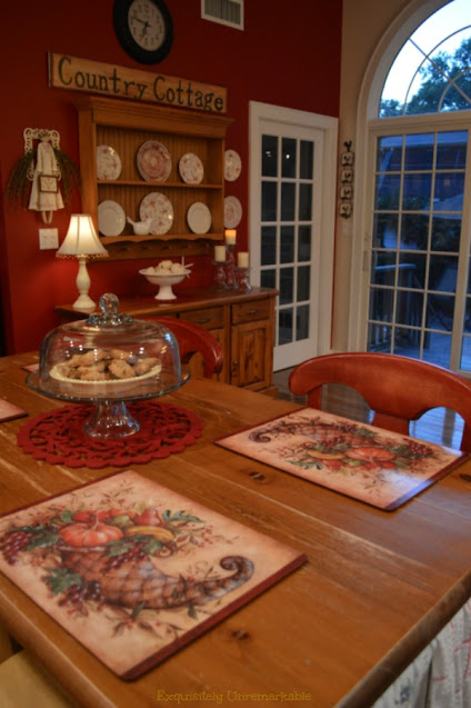 Country Kitchen Dining area and dining table