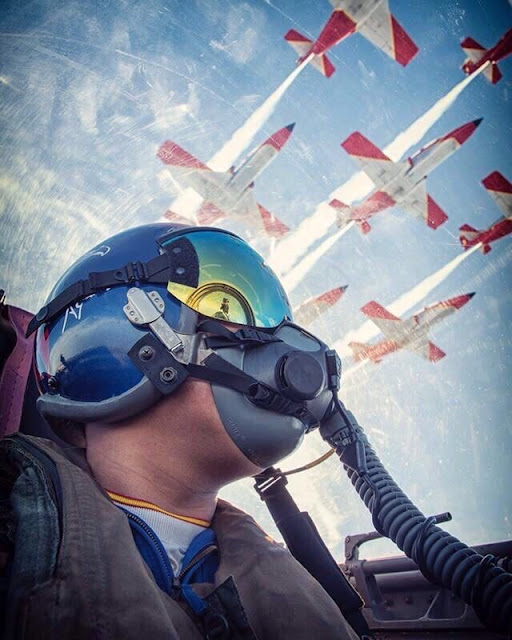 5 Profesi yang Kelihatan Cowok Banget Dimata Wanita- Pilot