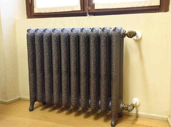 radiatore-ghisa-riscaldamento