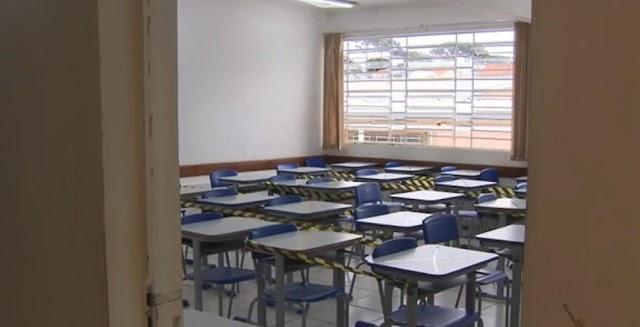 Secretaria prevê que, em um mês, 1,8 mil escolas voltem a receber alunos para atividades extracurriculares no Paraná